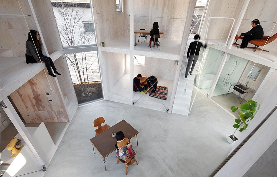 Wall-less »doll's house« promotes creativity