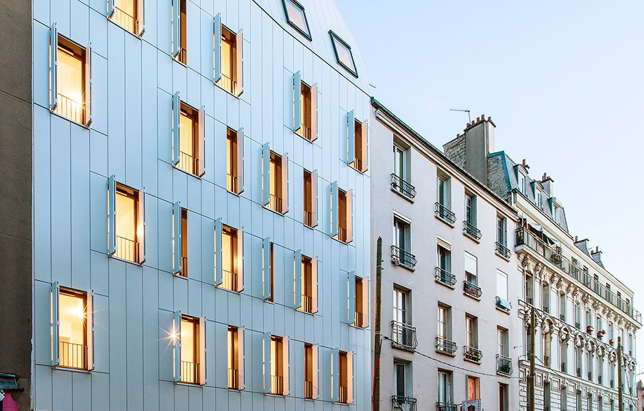 Wood creates peace in Paris