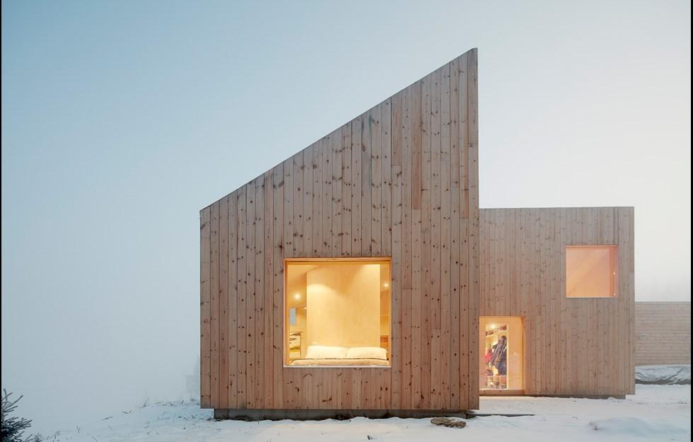 Versatile cabin with core